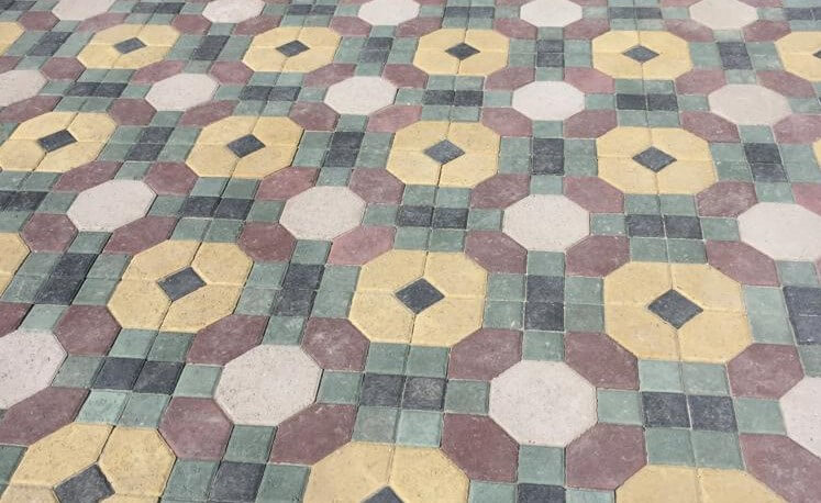 Decorative concrete floor Quadro Paving